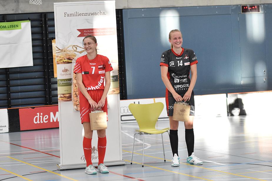 Beste Spielerinnen Léonie Rüber (UH Red Lions Frauenfeld) und Sindy Rüegger (Red Ants Winterthur).
