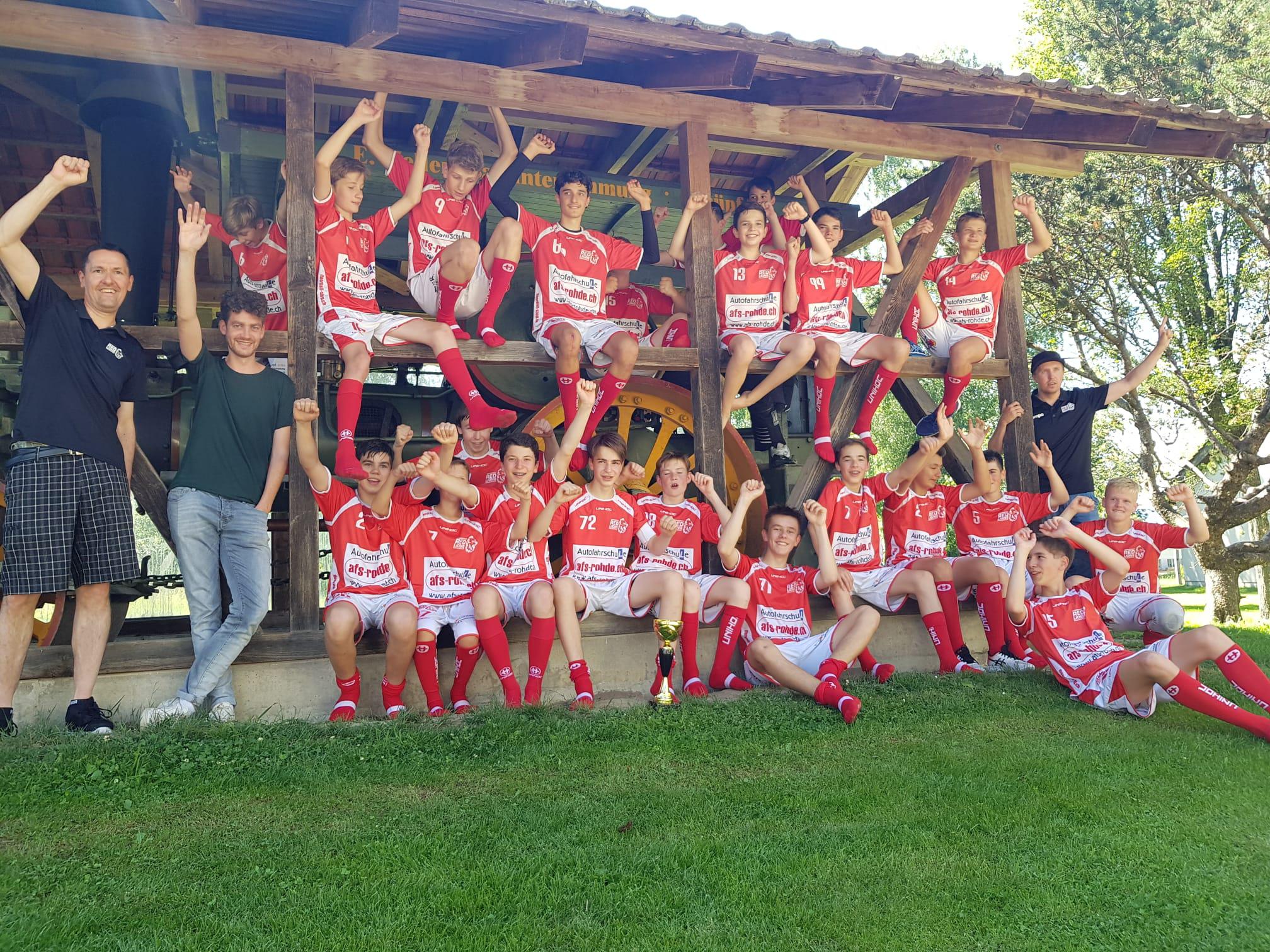 Erst knapp, dann klar und verdient: Die U16-Junioren gewinnen Comeback-Cup